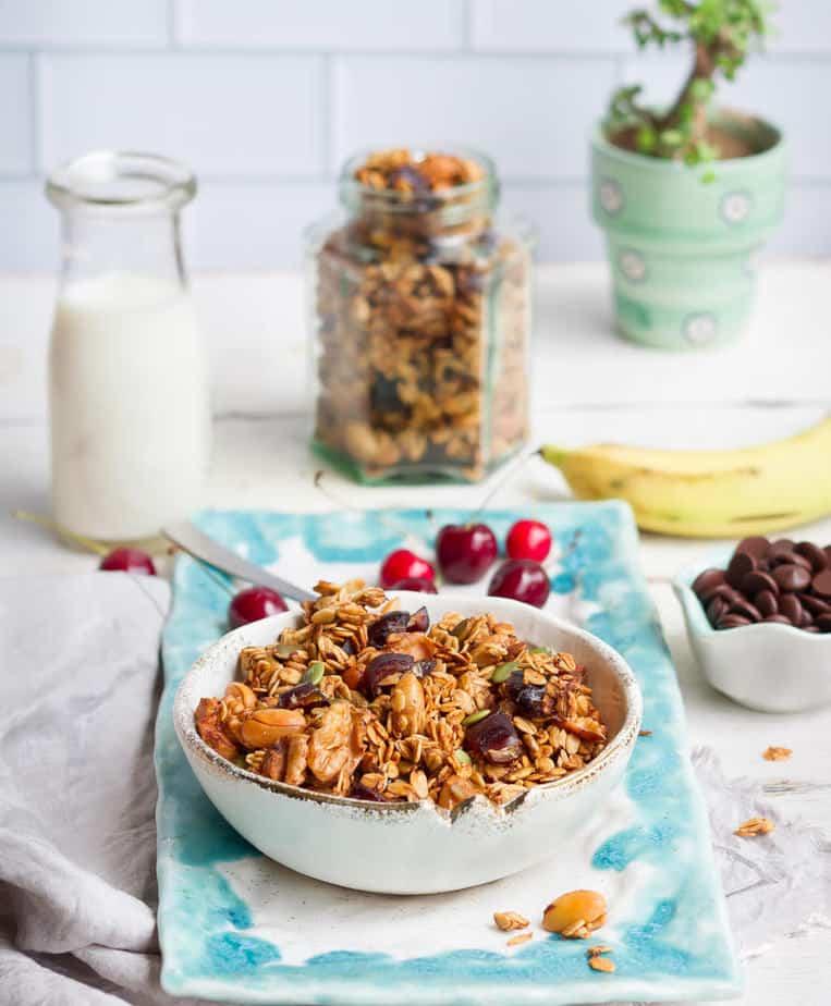 Banana Granola | Easy Healthy Banana Granola Recipe