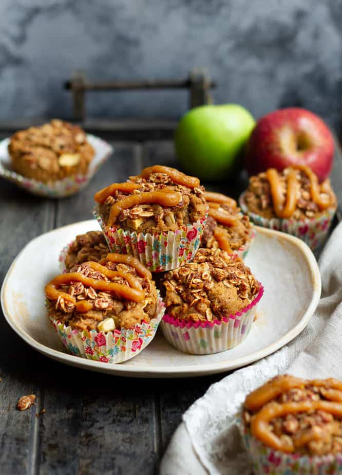 Peanut Butter Apple Muffins | Healthy vegan apple muffins with peanut butter