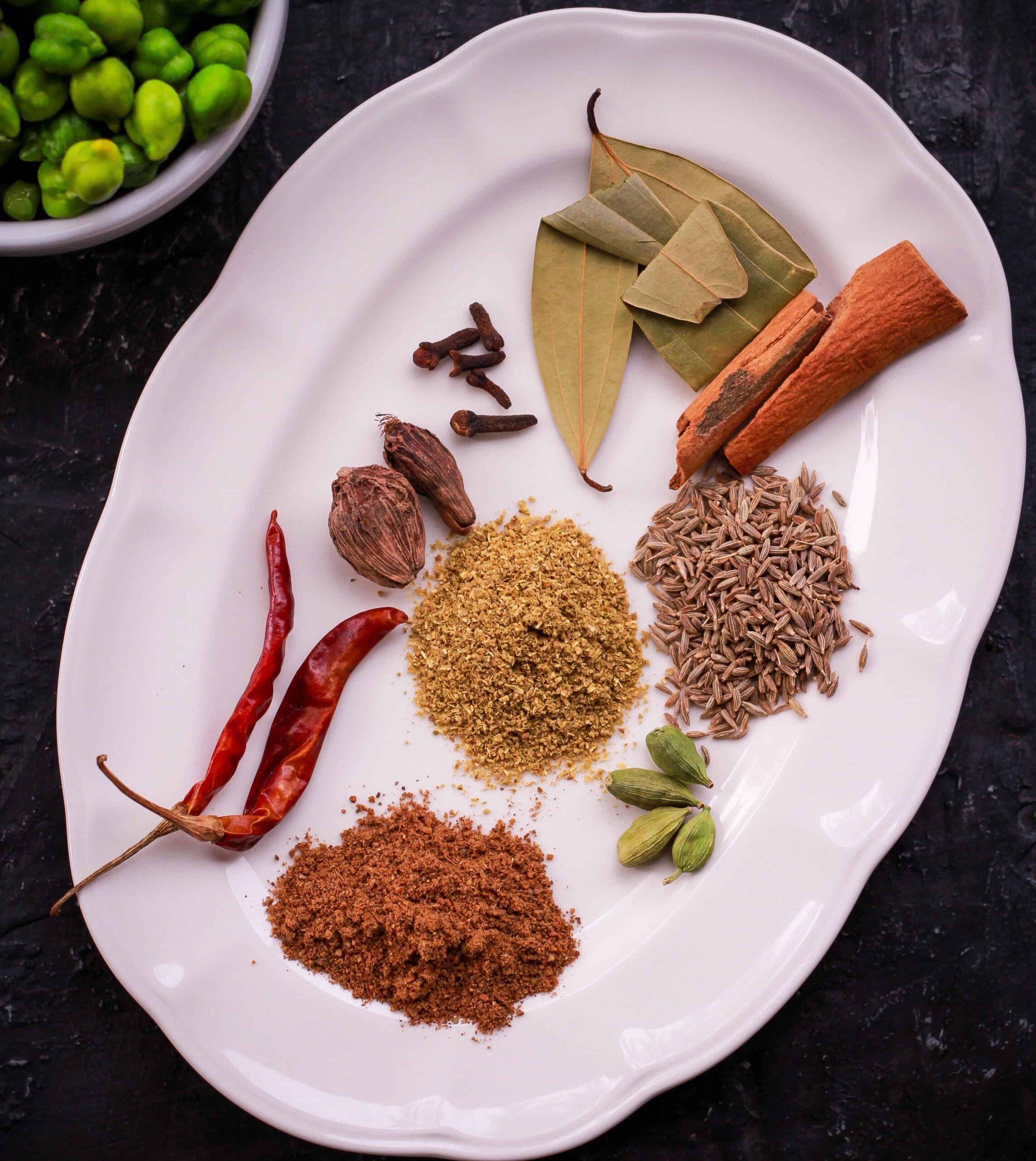 Spices for Fresh Green Cickpea ( Chholiya) Pulao