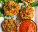Mac'n Cheese Muffins vegetarian, savoury, cheese, savoury muffin,easy baking, dinner, lunch box, snack, easy recipe, eggless