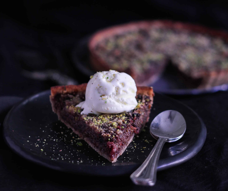 Glutenfree Mulberry Crumble Pie vegan fruits baking dessert fruit tart dairyfree