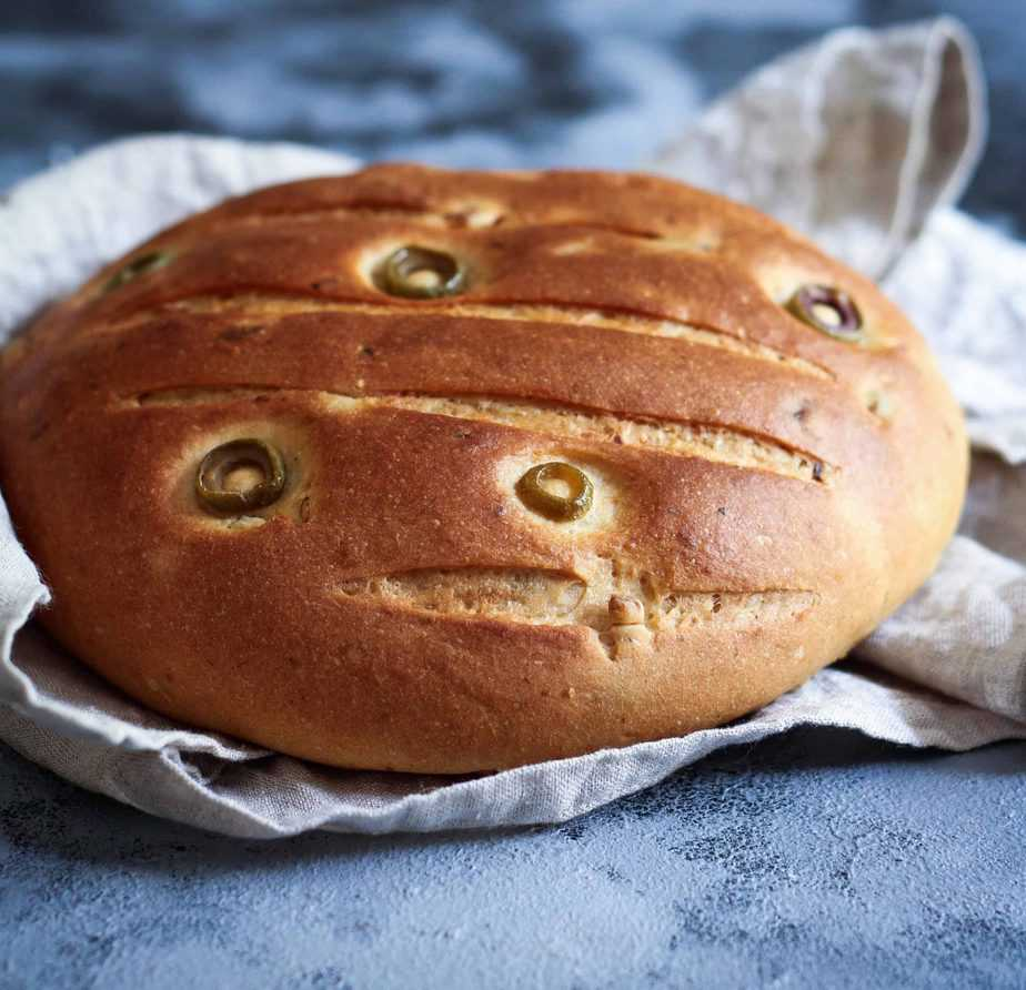 Easy Olive Bread w/ Sundried Tomato & Garlic vegan, simple to make soft, warm and crusty
