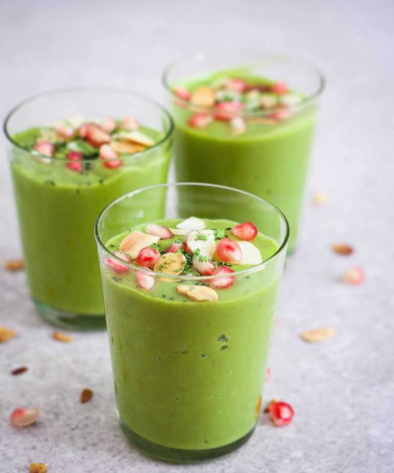Mango Matcha Smoothie vegan healthy breakfast avocado refined sugarfree
