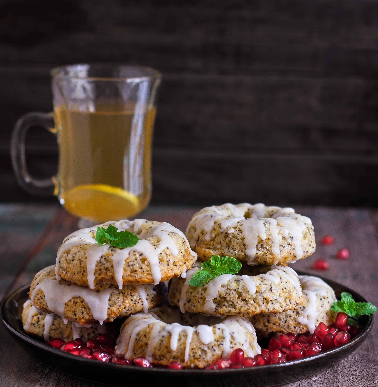 Lemon Poppyseed Baked Donuts
