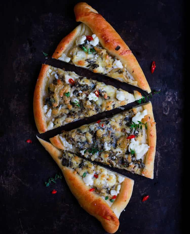 Khachapuri – Georgian Cheese Bread
