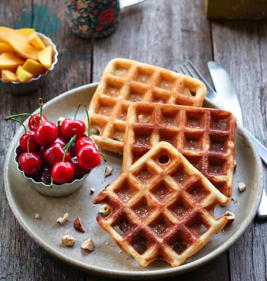Easy Sourdough Waffles | Vegan waffles recipe