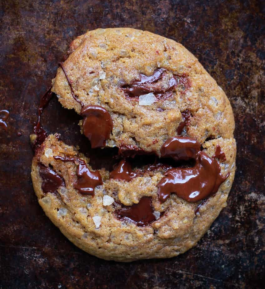 Eggless Chocolate Chip Cookies | Easy chocolate chip cookies recipe