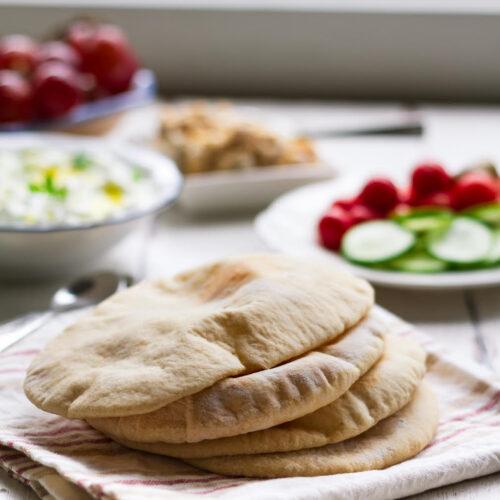 Homemade Pita Bread   Easy pita recipe