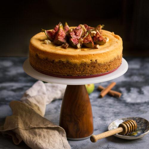 Cinnamon Cheesecake Recipe | cinnamon cheesecake with roasted figs, honey and walnuts