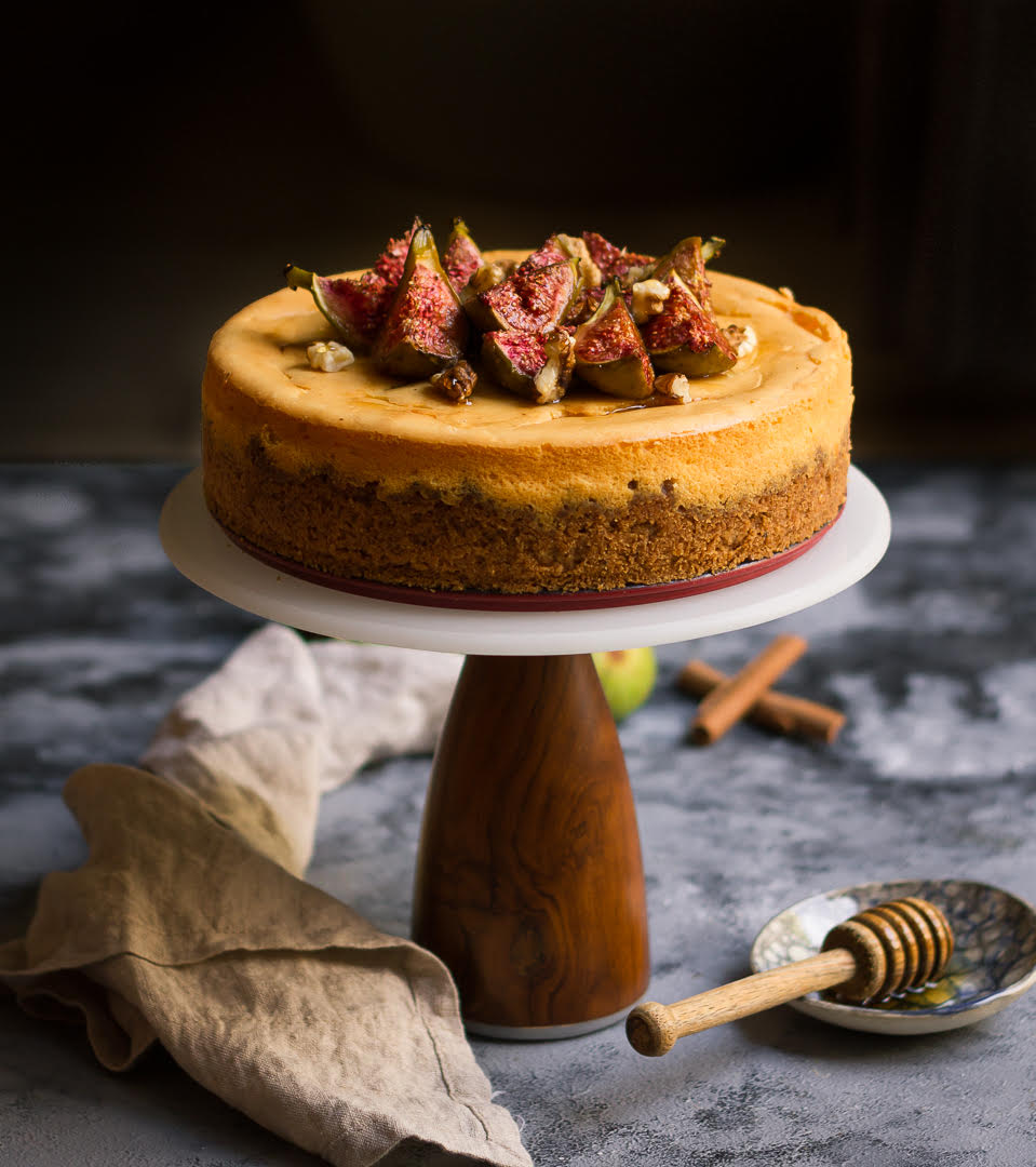 Cinnamon Cheesecake Recipe | cinnamon cheesecake with roasted figs, honey and walnuts
