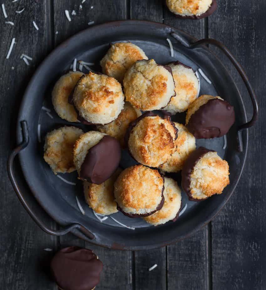 Coconut Macaroons | Easy Coconut Macaroon Recipe