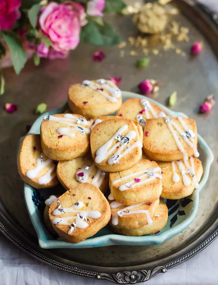 Eggless Thandai Cookies | Easy thandai shortbread cookies | Spiced shortbread cookies